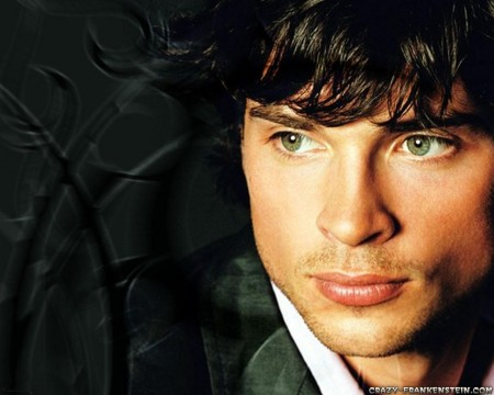Amorcito/Marioneta (1/2) Tom-welling-male-celebrity-wallpapers-1109119024